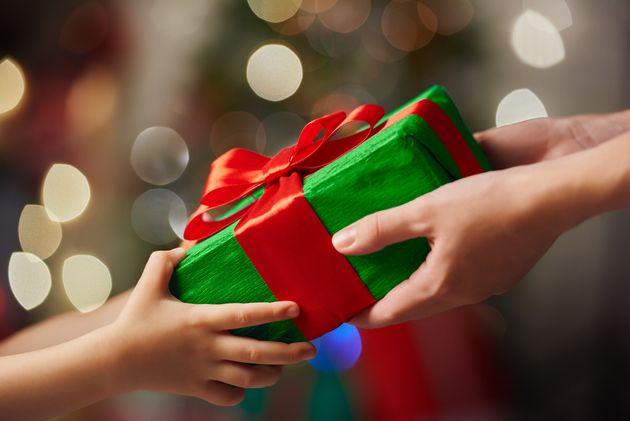Je ne sais pas comment résister à l'envie de compenser en achetant des cadeaux par...