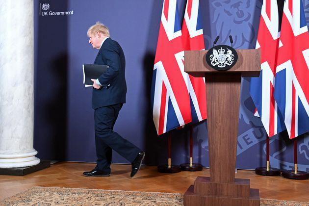Boris Johnson, après sa conférence de presse à Londres, le 24 décembre