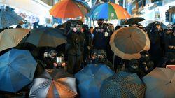 催涙スプレーを浴びながら撮影…日本人が見つめた香港デモ。28分の映画が語りかける「私たちが学ぶこと」