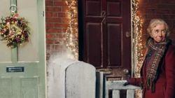 一人暮らしのお年寄りへ、隣人からの心温まる贈り物。ホームセンターのクリスマスCMが感動を呼ぶ(動画)