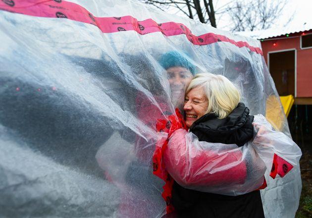 Καναδάς: Ζευγάρι βρέθηκε θετικό στη μετάλλαξη του νέου κορονοϊού παρά τις προφυλάξεις που