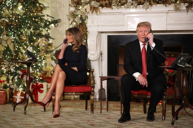 9 από τις πιο περίεργες χριστουγεννιάτικες κάρτες που έστειλαν πολιτικοί στον