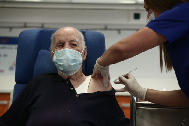 Άρχισαν οι εμβολιασμοί και στην