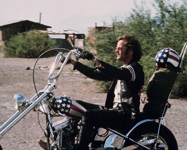 ピーター・フォンダとデニス・ホッパーによるアメリカン・ニューシネマの代表作「イージー・ライダー」。写真は映画の宣伝用写真の一枚。
