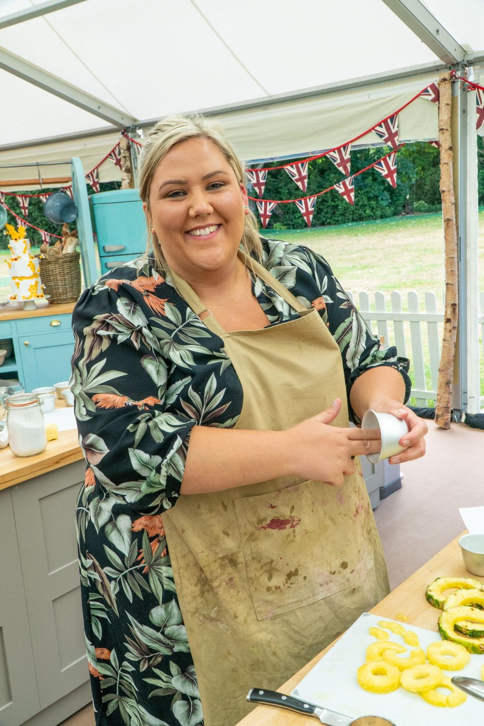 Laura in the Bake Off