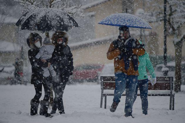 La Borrasca Bella Teñirá De Blanco El Fin De Año Así Afectará A Las Comunidades El Temporal De Lluvia Y Nieve El Huffpost