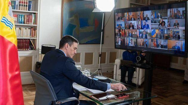 El presidente del Gobierno, Pedro Sánchez, participa en una Conferencia de Presidentes extraordinaria...