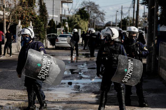 Μέγαρα: Πυροβολισμοί σε καταυλισμό Ρομά - Πέντε
