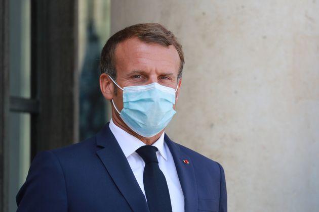 Emmanuel Macron devant l'Elysée le 26 août