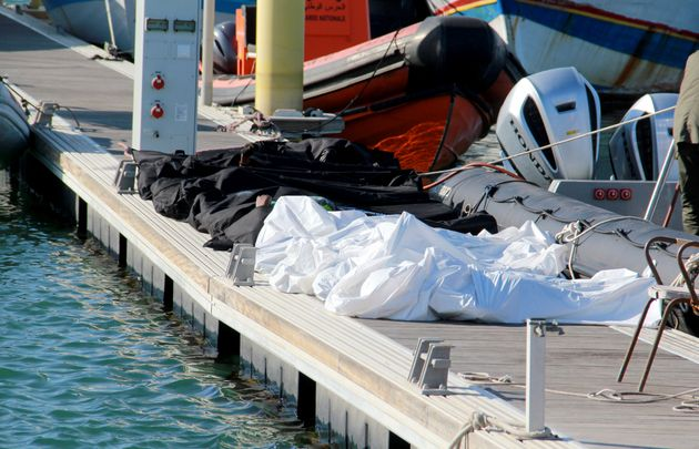 Περισσότεροι από 2.100 μετανάστές πέθαναν προσπαθώντας να φτάσουν στις ακτές της