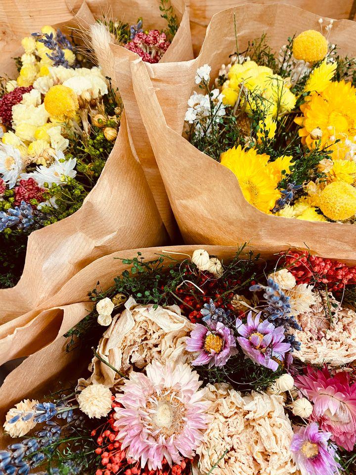 Flowers from Queens Fruit Market & Plants.