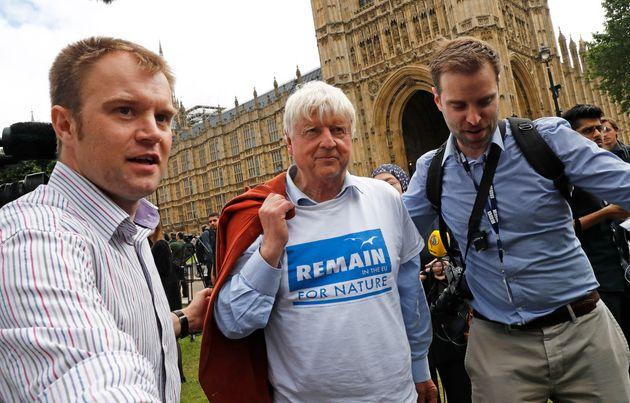 Βρετανία: Ο πατέρας του Μπόρις Τζόνσον ζήτησε να λάβει γαλλική