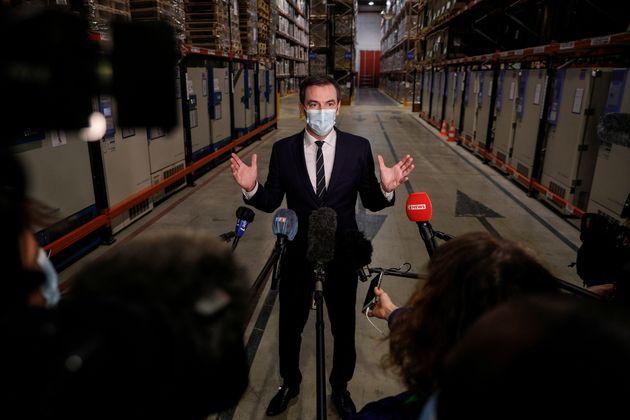 Le ministre de la Santé, Olivier Véran à Chanteloup-en-Brie, le 22 décembre...