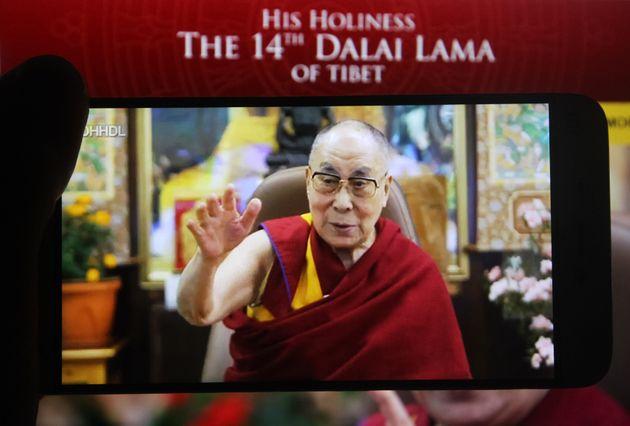 Dalai Lama, il mondo in campo per