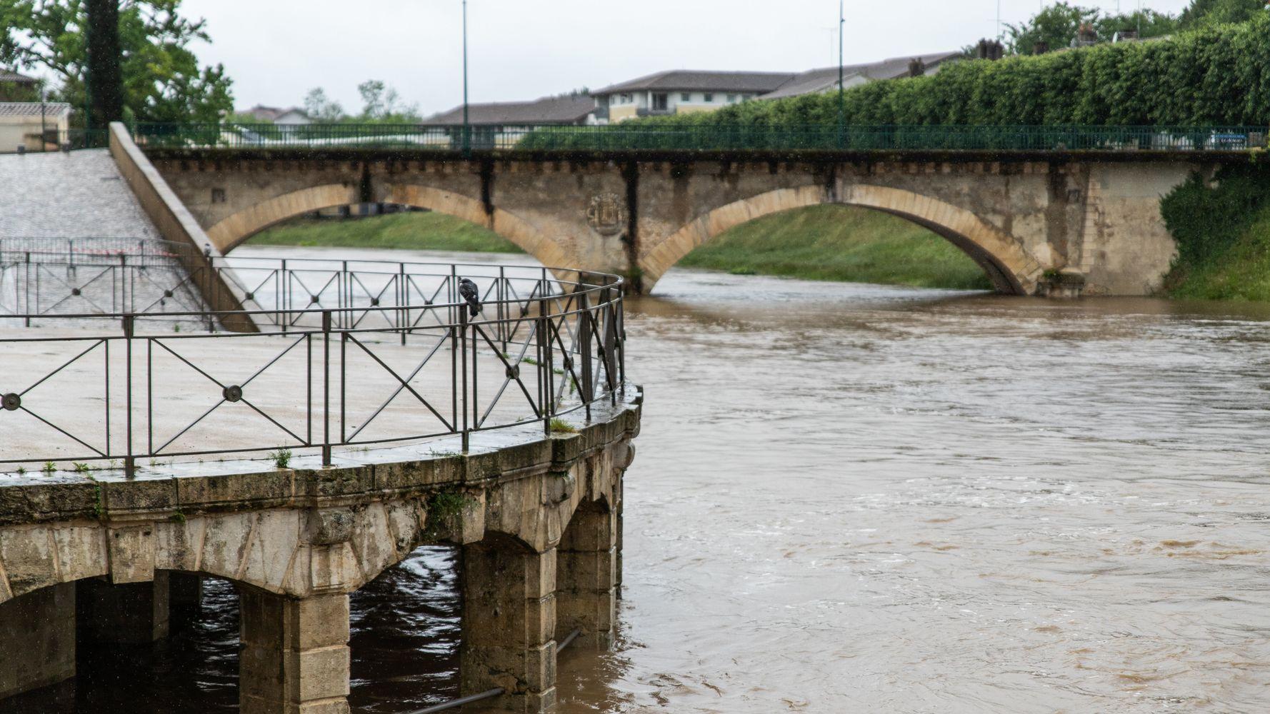 Dans les Landes, des inondations à un niveau jamais vu depuis 1981