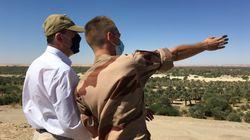 Au Tchad, Jean Castex rend visite aux soldats français sur des lieux