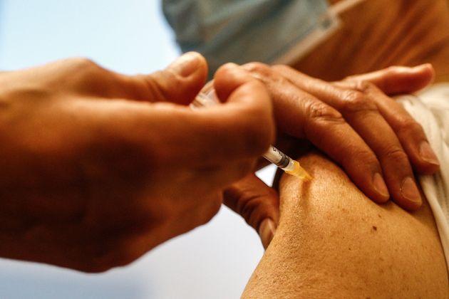 Pour l'ex-directeur général de la Santé, le début de la vaccination