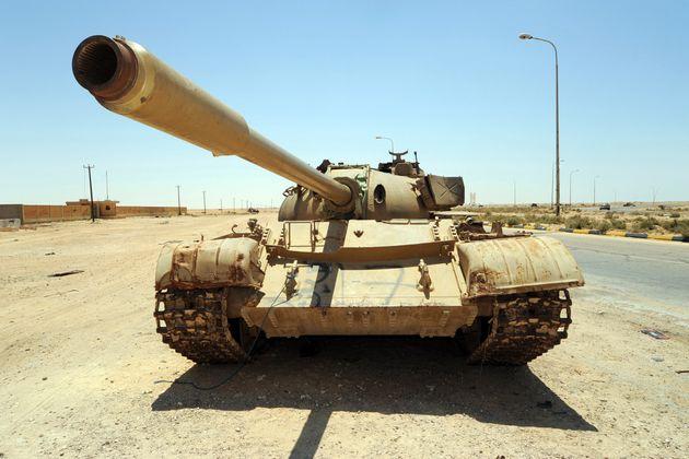 Η Γερμανία πούλησε όπλα ενός δισ. σε χώρες που εμπλέκονται στις συγκρούσεις Λιβύης και