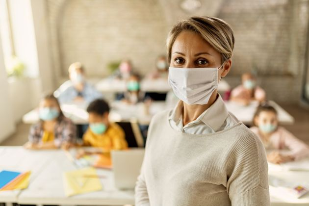 """""""Priorità al personale scolastico per il vaccino"""". L'appello del"""