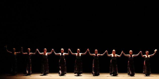 «The Thread»: Η παράσταση σε μουσική Βαγγέλη Παπαθανασίου online