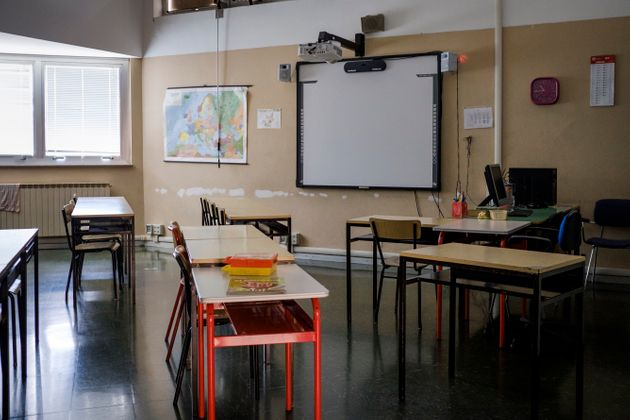 An empty classroom. Despite the end of the coronavirus lockdown, Italy has not yet reopened schools....