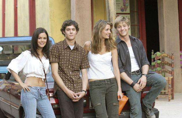 Rachel Bilson, Adam Brody, Mischa Barton and Benjamin McKenzie on the set of The O.C. in