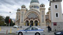Αστυνόμευση έξω από τους ιερούς ναούς για την αποφυγή