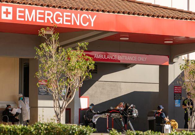 À Los Angeles, plusieurs hôpitaux ont annoncé ne pas pouvoir fournir suffisamment...
