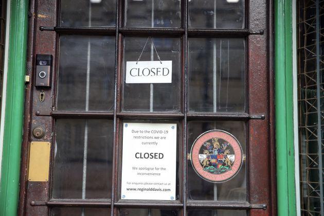 Una de tantos establecimientos cerrados a consecuencia del