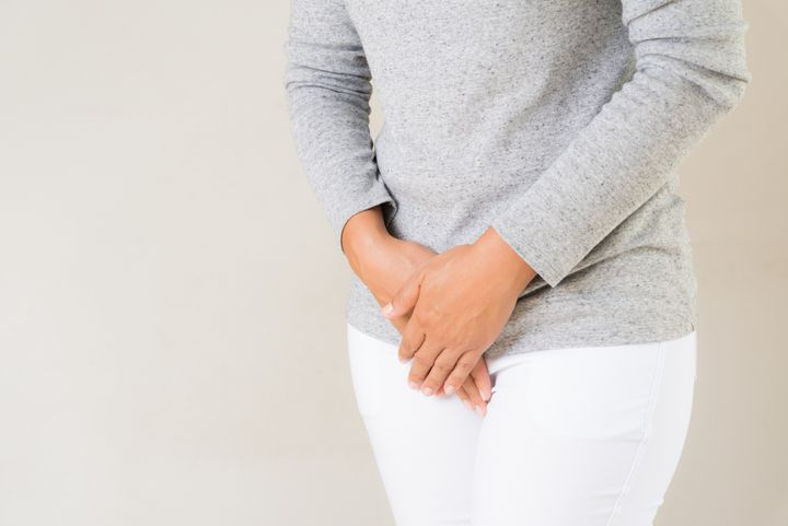 Abdominal discomfort or pelvic pressure could be a symptom of a UTI.