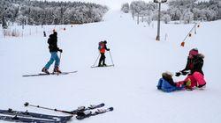 Comment les stations de ski rongent leur frein dans l'angoisse des annonces de