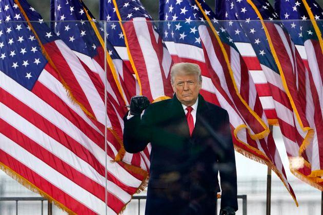 Donald Trump, este miércoles, en el acto en el que ha alentado a sus simpatizantes, en