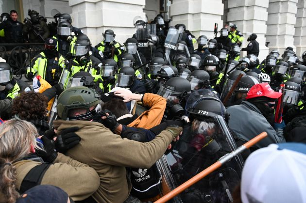 Disturbios durante el asalto al
