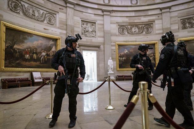 Αστυνομικός του Καπιτωλίου έγινε ο πέμπτος νεκρός της εισβολής οπαδών του Ντόναλντ