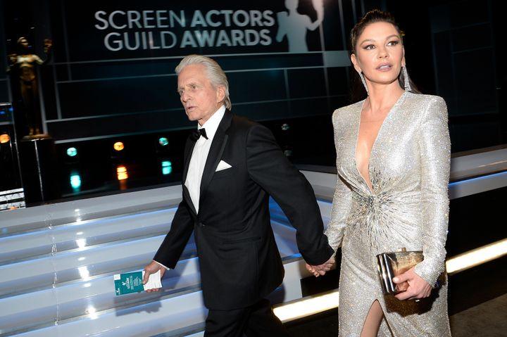 Ο Μάικλ Ντάγκλας κι η Κάθρην Ζέτα Τζόουνς τον Ιανουάριο του 2020 στα 26α Screen Actors Guild Awards.