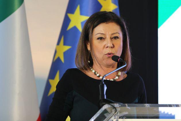 Il governo non cede al diktat di Bruxelles sui porti e fa ricorso alla Corte