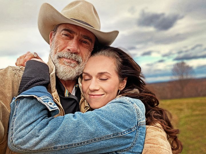 """Jeffrey Dean Morgan and wife Hilarie Burton in """"Friday Night In with the Morgans."""""""