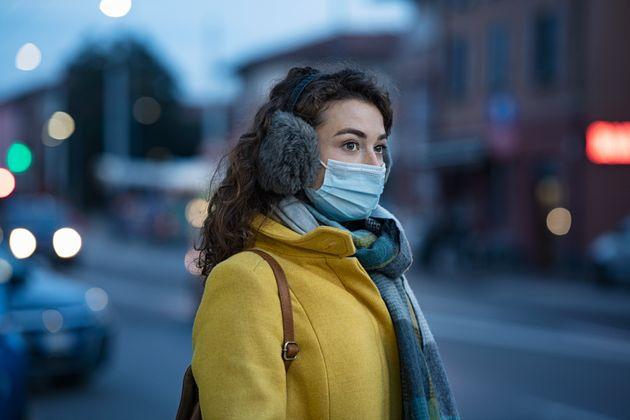 Les virus peuvent se propager plus facilement par temps froid et