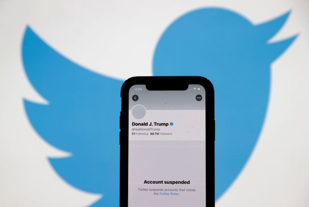 Twitter a suspendu le compte de Donald Trump de manière
