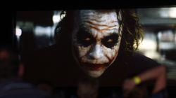 Due minorenni si tagliano le guance come Joker: