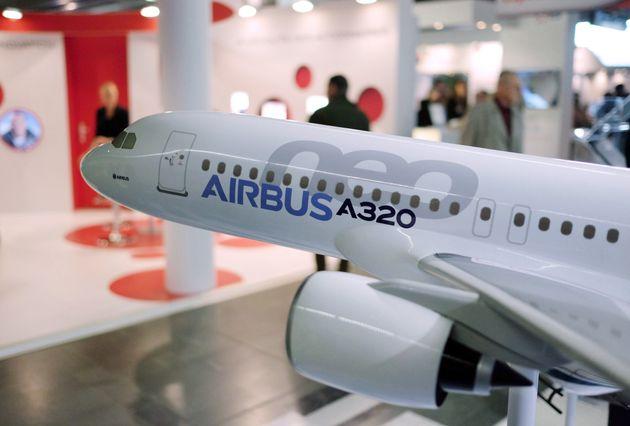 Νέοι δασμοί σε κρασιά και εξαρτήματα αεροσκαφών από τις ΗΠΑ σε Γαλλία και