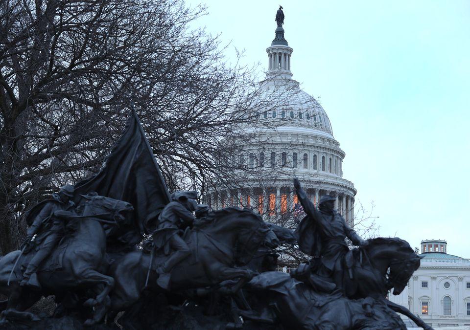 Η Αποθέωση του Τζώρτζ Ουάσιγκτον και η Αποκολοκύνθωση του Ντόναλντ