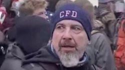 ΗΠΑ: Το FBI αναζητά έναν ύποπτο για τον θάνατο του αστυνομικού Μπράιαν Σίκνικ στο