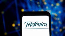 Telefónica vende a ATC las torres de Telxius por 7.700 millones de