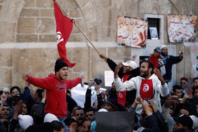 Tunisia, dieci anni dopo: quel che resta della rivoluzione dei