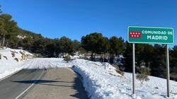 El Gobierno de Madrid responde a esta imagen con otra foto y el PSOE golpea con una