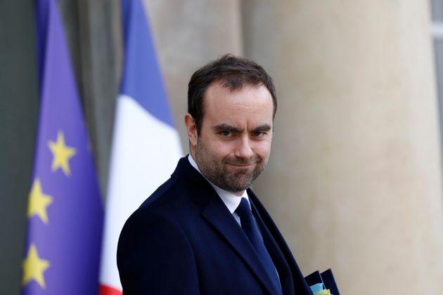 Le ministre des Outre-Mer Sébastien Lecornu photographié à l'Élysée