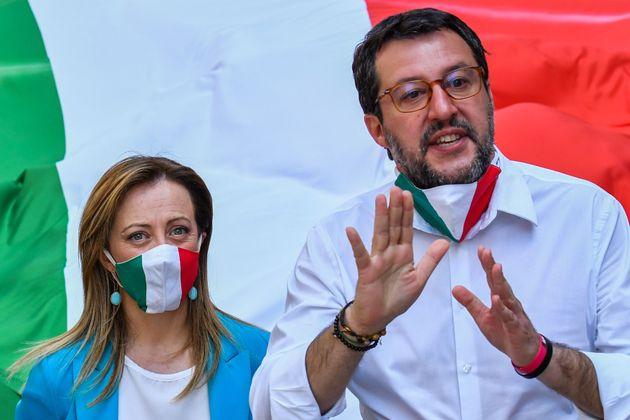 Salvini e Meloni chiedono le elezioni: