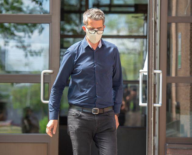 L'ancien chef du Parti québécois André Boisclair quitte le poste de police le vendredi...