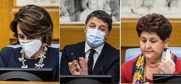 Renzi, Bellanova, Bonetti durante la conferenza stampa in cui il leader di Italia Viva ha annunciato...